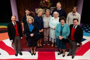 Norwich Actor Marie Cooper with the cast of Handbagged